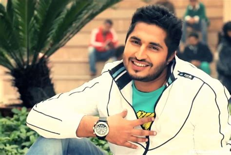 jassi gill wife photos jassi gill with his wife newhairstylesformen2014 com