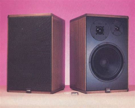 canton karat 300 bookshelf speakers review test price