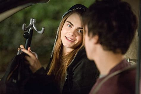 film paper towns adalah paper towns review more than just a love story