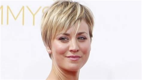 big bang theory why penny cut her hair kaley cuoco hairstyles haircuts short pixie bangs updos