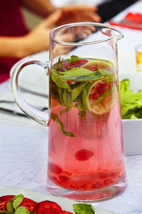 Easy To Make Detox Water by 20 Easy Detox Water Recipes For Rapid Weight Loss Just