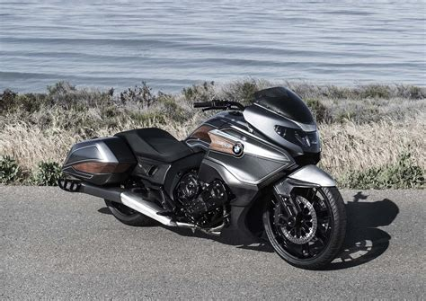 bmw motorrad concept   cylinders  bagger