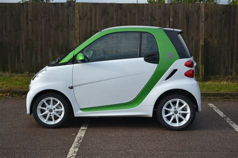 smart car premium gas image 2013 smart fortwo electric drive size 1024 x 683