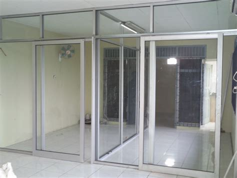 Lemari Pakaian Sliding Door 4 Pintu Hpl Coklat Kayustrip Crm Ls432 2ct kusen aluminium untuk rumah minimalis