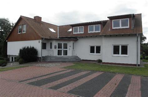 2 zimmer souterrainwohnung mit terrasse in bad 2 5 zimmer wohnung mit terrasse hoffmann