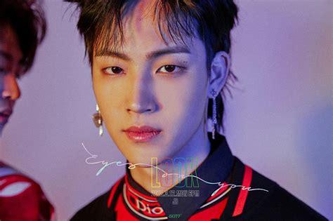 got7 eyes on you male k pop idols with the prettiest eyebrows kpopmap