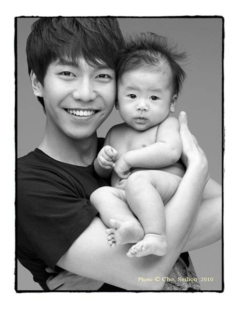 lee seung gi real wife khottie of the week lee seung gi smiles kchat jjigae