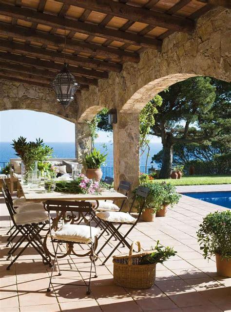 beautiful outdoor spaces 30 lovely mediterranean outdoor spaces designs designrulz