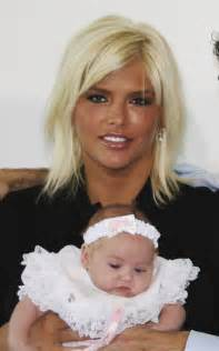 Dannielynn birkhead is the spitting image of her late mother anna