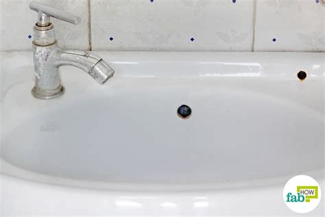 Cleaning Kitchen Sink With Baking Soda How To Clean A White Porcelain Sink And Restore Its Shine Fab How