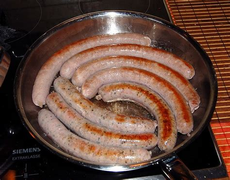 das german cookbook schnitzel bratwurst strudel and other german classics books how to cook german bratwurst best german recipes