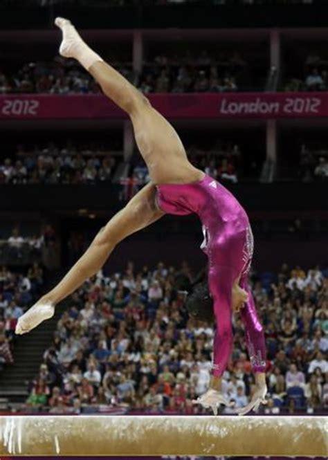 scogliattolo volante ginnastica artistica femminile archea