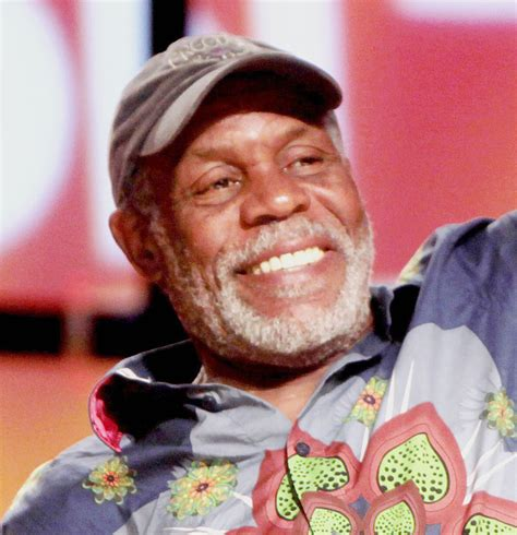 danny glover unifor uniforum volume 5 no 15 unifor national