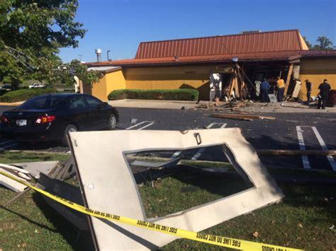 Olive Garden Bowie Md by Sudden Explosion Rocks Laurel Olive Garden Injures 1