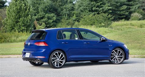 volkswagen golf r 2018 2018 vw golf gets a facelift and starts at 21 760 the