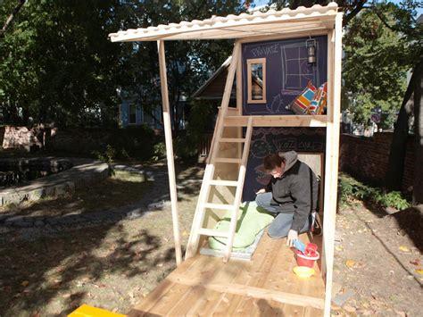 build backyard playhouse how to build a backyard playhouse how tos diy