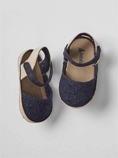 baby gap shoes gap baby size 0 3 months nwt navy blue eyelet