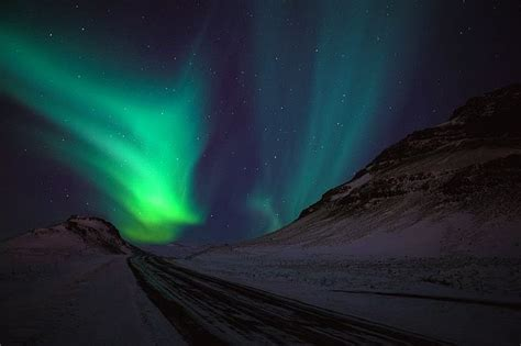 Aurora borealis iceland would like to go here pinterest