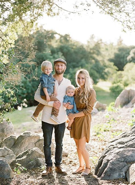 422 best family picture ideas images on pinterest family 1000 ideas about family photography outfits on pinterest