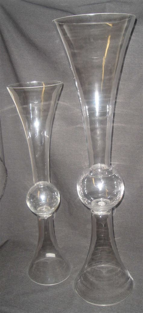 Bulk Glass Vases For Centerpieces by Glass Vase Wholesale In Vases Sale