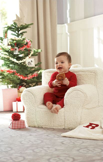how to take baby frist christmas pictures 5 must haves for baby s pottery barn