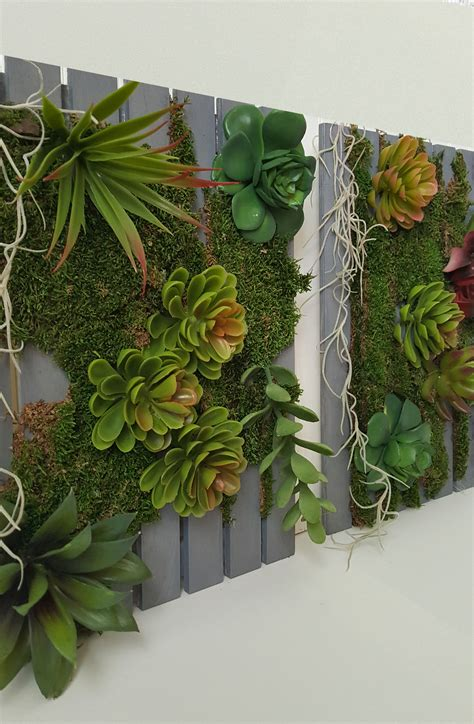 How To Make A Vertical Garden With Succulents Diy Vertical Succulent Garden The Honeycomb Home