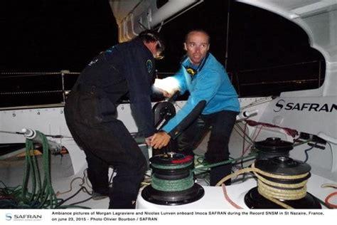 bateau safran jacques vabre safran abandonne la transat jacques vabre