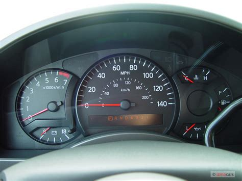 buy car manuals 2006 nissan xterra instrument cluster image 2006 nissan titan le crew cab 4wd instrument cluster size 640 x 480 type gif posted