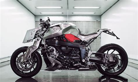 Max Bmw Motorcycles by This Bmw Motorcycle Is Reved Into A Mad Max