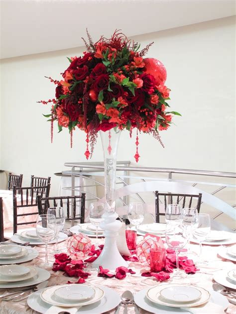 Diy Wedding Centerpiece Ideas Awesome Christmas Wedding Centerpieces Weddingomania