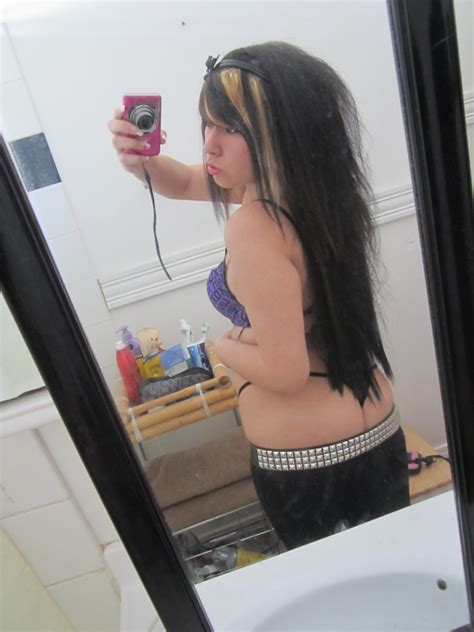 big ass bathroom young girl sitting on bathroom counter my hotz pic