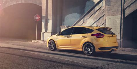 about st 2017 ford 174 focus st unstoppable performance ford