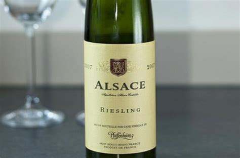 wines of alsace guides to wines and top vineyards books foodista wine infographic put the latte up