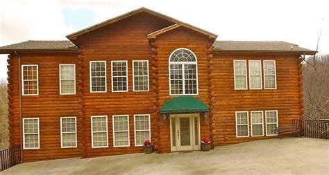 8 bedroom cabins in gatlinburg tn memory mansion a 8 bedroom cabin in gatlinburg tennessee