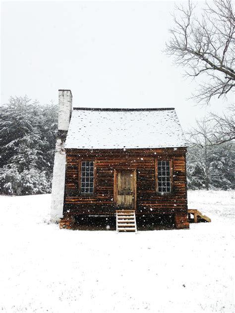 winter houses winter cabin rustic sanctuary pinterest