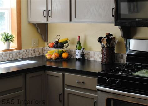 this kitchen gray cabinets black countertops rustoleum countertop transformations onyx