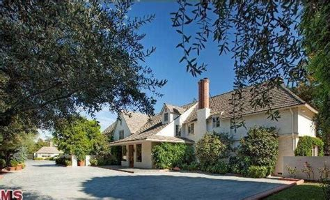 bob s toluca lake home for sale for 27 5 million