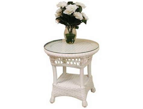 outdoor resin wicker end table slsetrsn salinas resin wicker end table