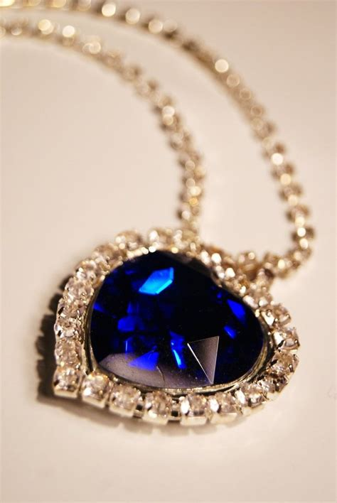 titanic film jewellery blue diamond necklace from the movie titanic pinterest