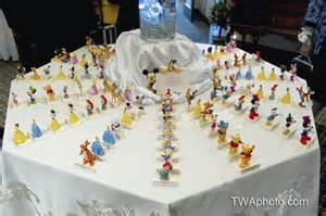 disney themed table decorations best 10 disney wedding centerpieces ideas on