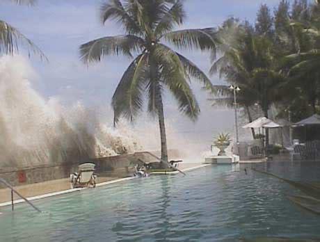 imagenes reales tsunami tailandia age temas de actualidad