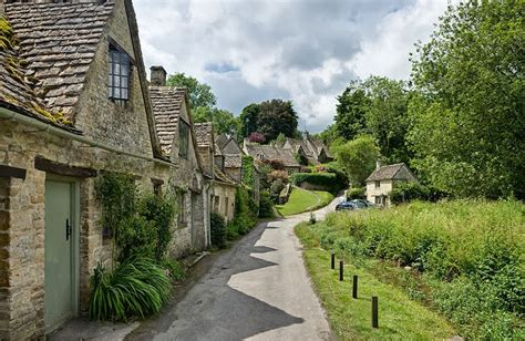 Our Cotswolds Guide Cotswold Family Holidays Cottages In The Cotswolds