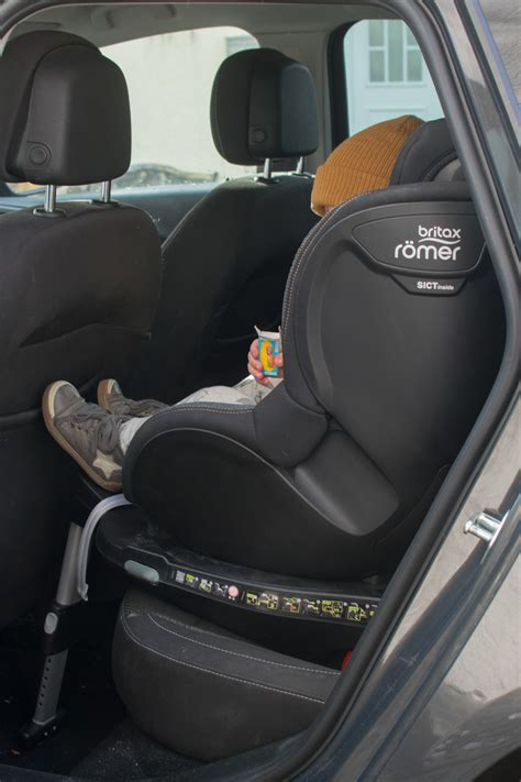 Kindersitz Auto Reboarder Test by Der Britax Dualfix I Size Drehbarer Kindersitz Reboarder