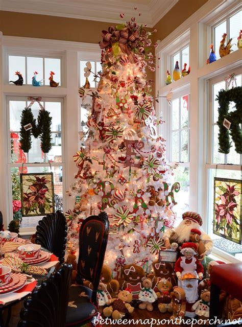 Kitchen Christmas Tree Ideas | decorating ideas for the 4th of july