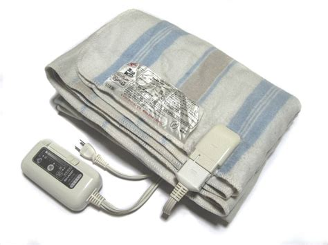 Energy Efficient Electric Blanket by Electric Blankets