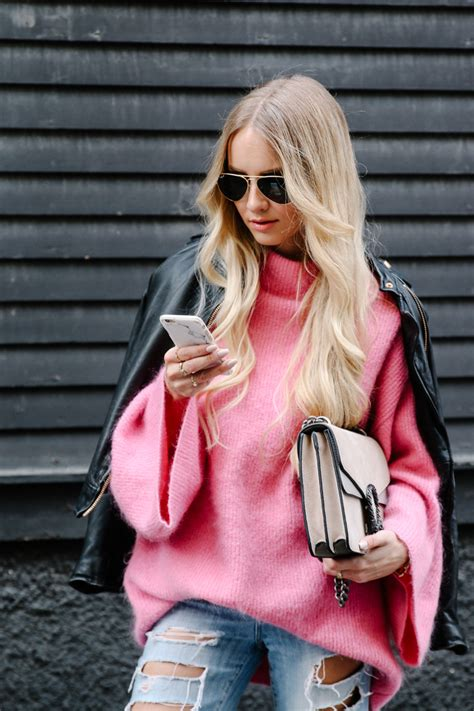 sweater weather pink hm sweater jeans susanna booties