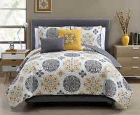 yellow gray white comforter 5 pc yellow grey and white quilt set full queen size
