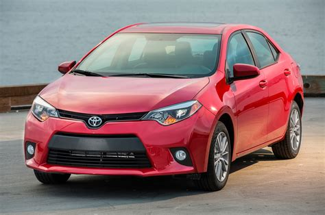 2016 toyota corolla le plus 2016 toyota corolla reviews and rating motor trend