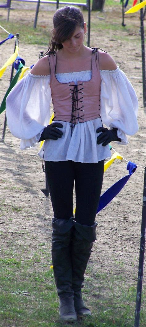 9 Amazing Renaissance Faire Costumes by Best 25 Renaissance Fair Costume Ideas On
