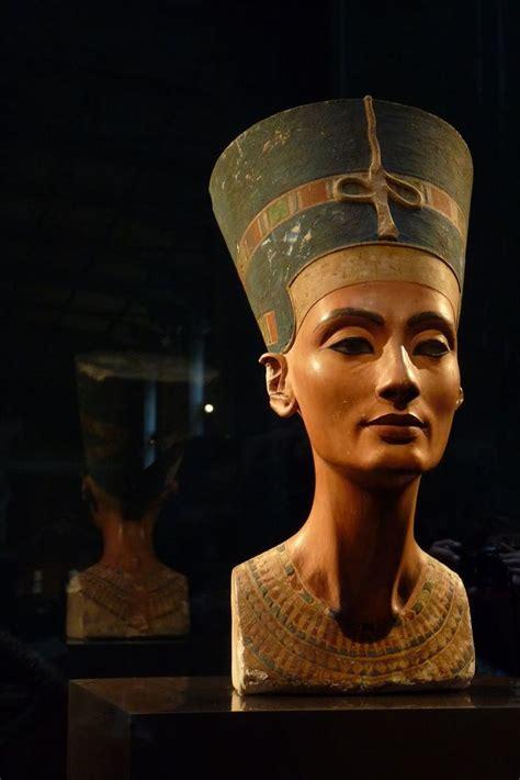 queen nefertiti greatest mystery of ancient egypt 224 best berlin germany images on pinterest berlin